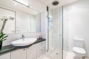 Shower screens Box Hill